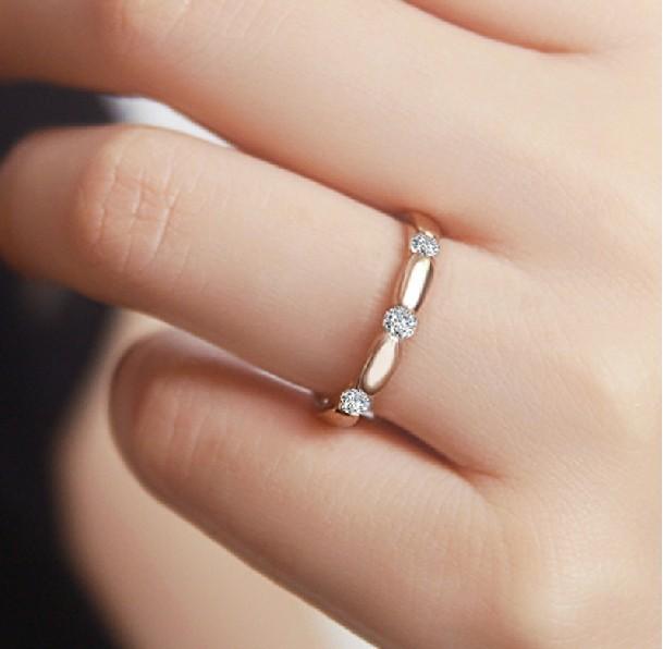 Diamond Wedding Band For Women In 10k Rose Gold