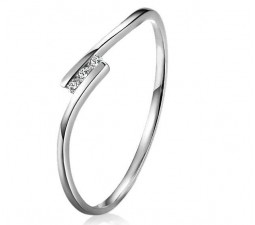 Affordable and Petite Diamond Engagement Ring