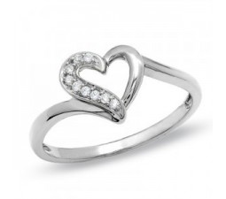 Heart Shaped Engagement Ring with Round diamonds