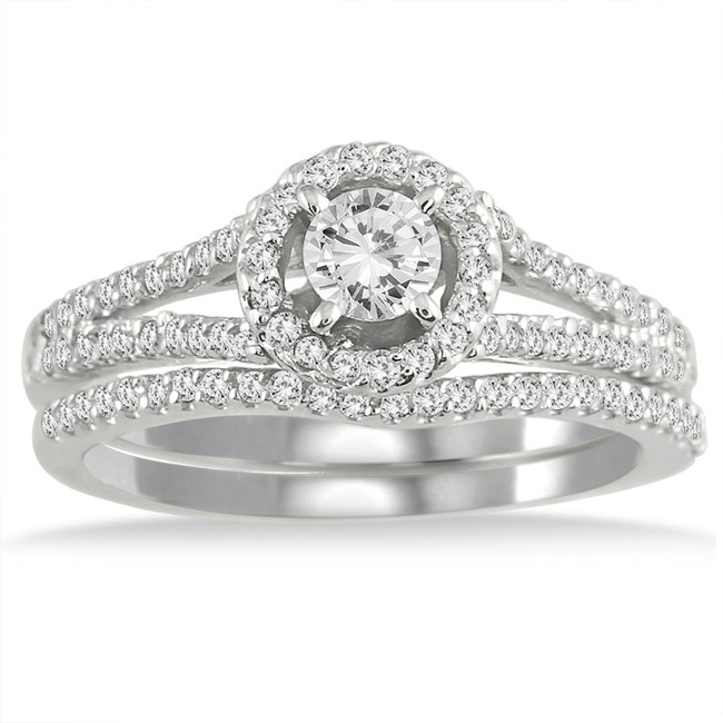 1 15 Carat Round Diamond Engagement Ring For Women In White Gold