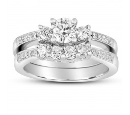 2 Carat Round Diamond Antique Wedding Ring Set in White Gold for Her