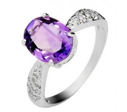 2.5 Carat Amethyst Gemstone Engagement Ring on Silver