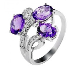 3 Carat Amethyst Gemstone Engagement Ring on Silver