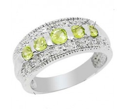 1 Carat Peridot Gemstone Engagement Ring on Silver