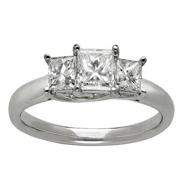 ... Trilogy Diamond Wedding Ring 0.25 Carat Princess Cut Diamond on Gold