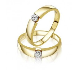 Couple Wedding Bands for Him and Her on Yellow Gold