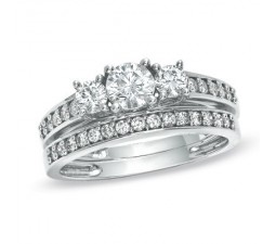 Three Stone Wedding Ring Set on