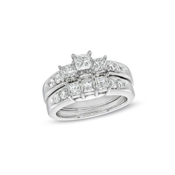 Three Stone Wedding Ring Set on