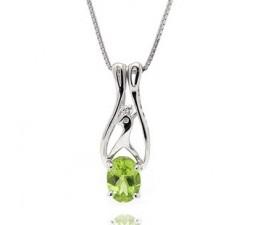 1 Carat Peridot solitaire Pendant Necklace for Women