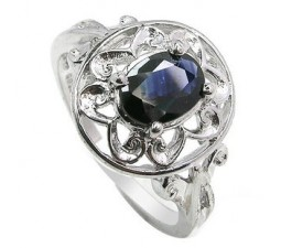 1.5 Carat Sapphire antique Flower design Engagement Ring