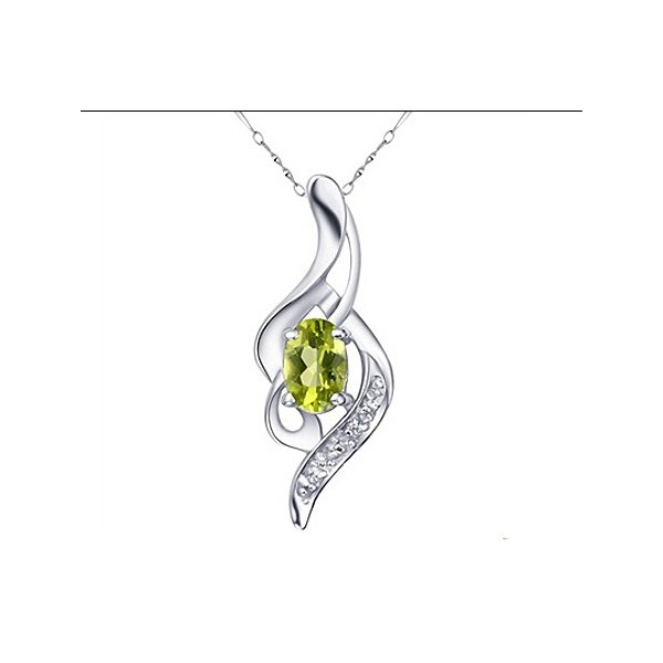 .5 Carats Peridot Necklace Pendant for Women on Sale