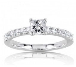 Beautiful Princess Diamond Engagement Ring on Sale