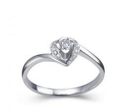 Round brilliant cut solitaire diamond engagement ring