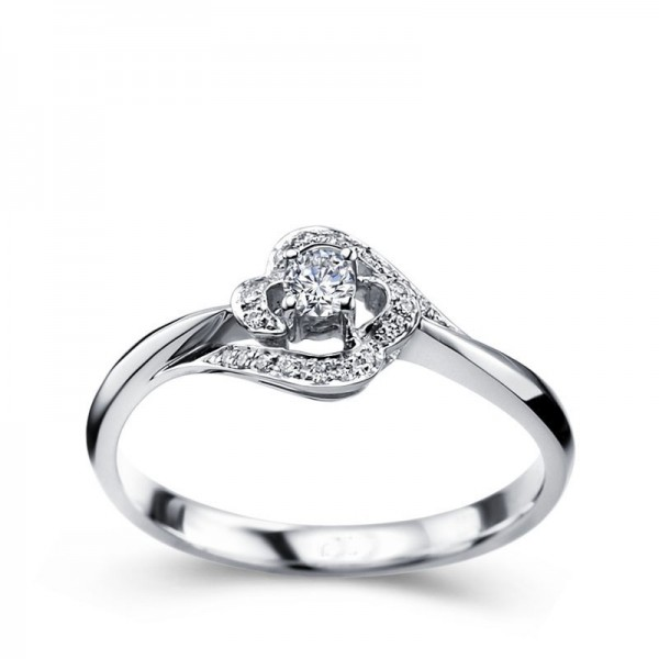 Designer Round solitaire Diamond engagemennt Ring