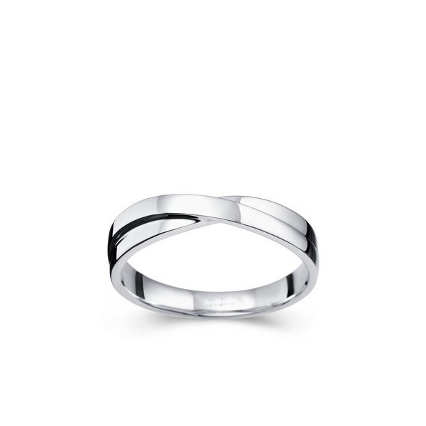 Relaxed Men's Wedding Ring Band on Gold