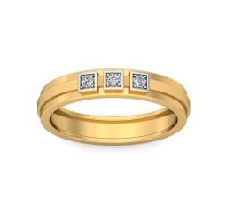 Three Stone Round Diamond Mens Wedding Ring Band in Yellow Gold