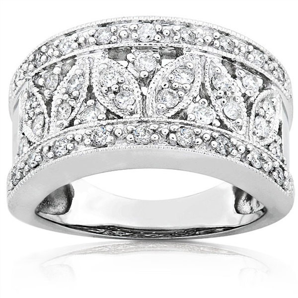 Extravagent Round Diamond Wedding Ring Band in White Gold on Sale