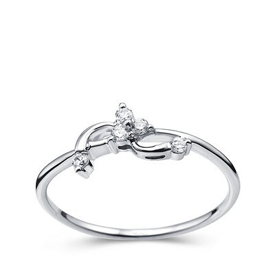 promise ring fashion ring on 9ct white gold