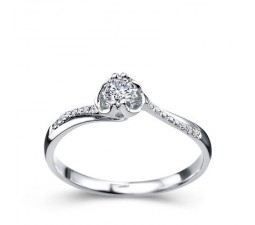 Beautiful Diamond Promise Ring on 10k White Gold