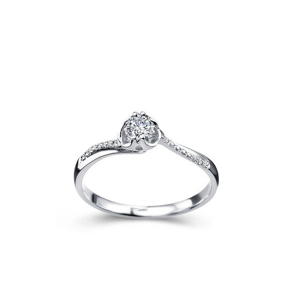 classic promise ring ring on 9ct white gold