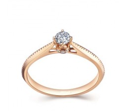 Beautiful Solitaire Diamond Engagement Ring/Promise Ring on 18k Rose Gold