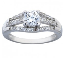 Elegant Round Engagement Ring with 3/4 Carat Cubic Zirconium