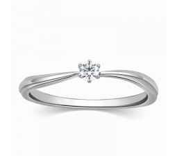 Six Prong Round Solitaire Diamond Ring in White Gold