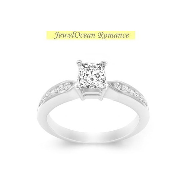 Gleaming Diamond Engagement ring 0 50 Carat Princess Cut Diamond on 10k White