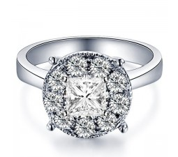 0.83 Carat Princess cut Diamond Diamond Ring On 10K White Gold