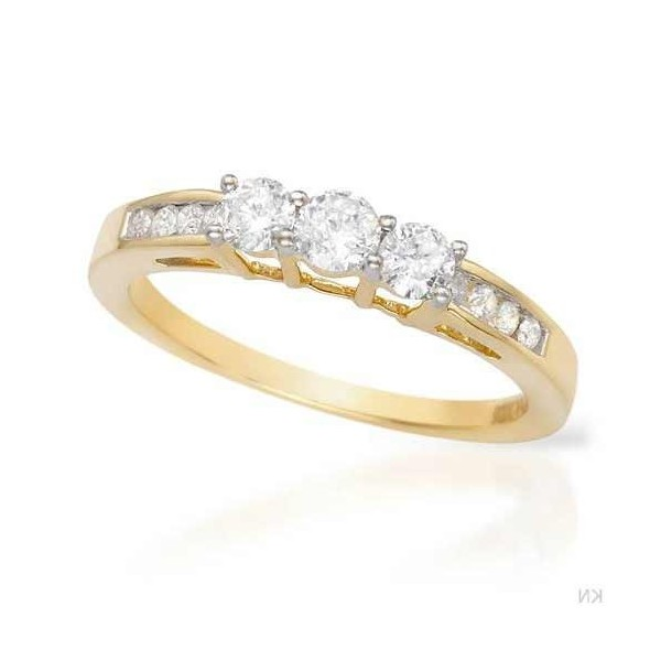 Round Diamond Engagement Ring on discount sale