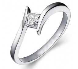 .25 Carat Princess cut Diamond Unique Solitaire Engagement Ring 10K White Gold