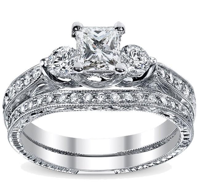 Luxurious Vintage Matching Wedding Ring Set 1 Carat Princess Cut