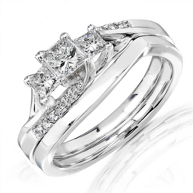 three stone princess wedding ring set for her - Wedding Rings For Her
