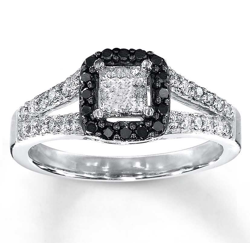 1 Carat Beautiful Princess Halo White and Black Diamond Engagement Ring.