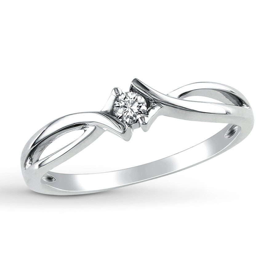 Perfect Round Diamond Infinity Solitaire Engagement Ring