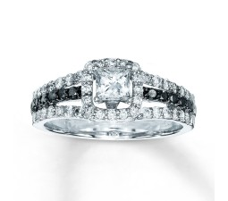 Special 1 Carat Princess design Diamond Engagement Ring for Her
