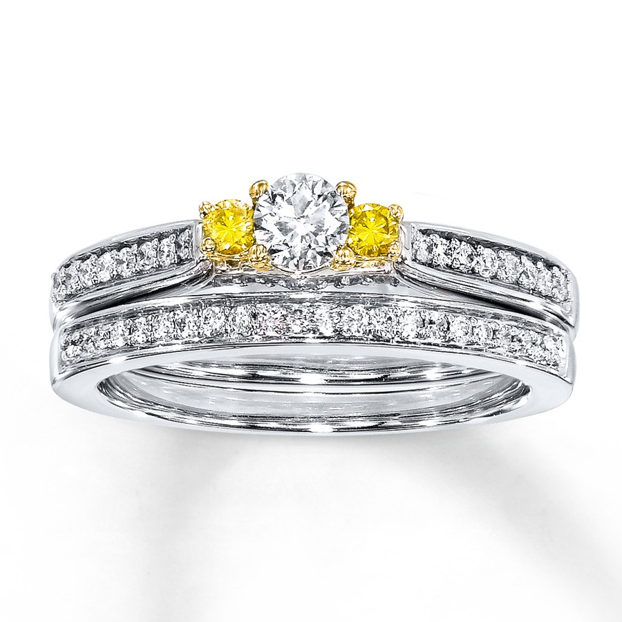 unique 1 carat trilogy white and yellow diamond wedding ring set jeenjewels. Black Bedroom Furniture Sets. Home Design Ideas