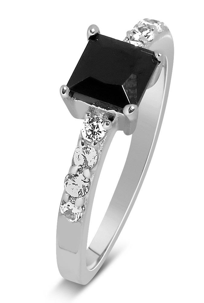 luxurious 1 carat princess cut black and white diamond. Black Bedroom Furniture Sets. Home Design Ideas