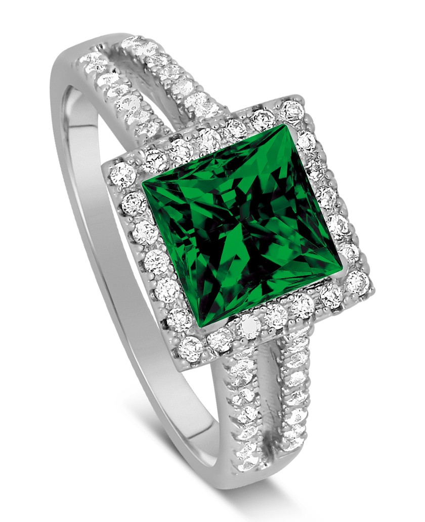Luxurious 1 50 Carat princess cut Green Emerald and Diamond Engagement Ring i