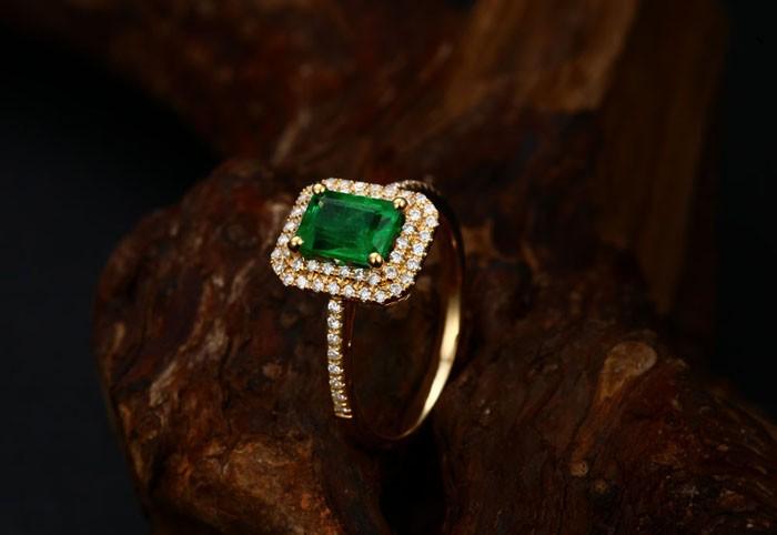 Designer 2 Carat Emerald And Diamond Double Halo