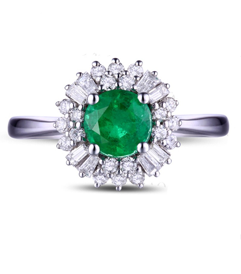 1 carat green emerald and halo engagement ring for