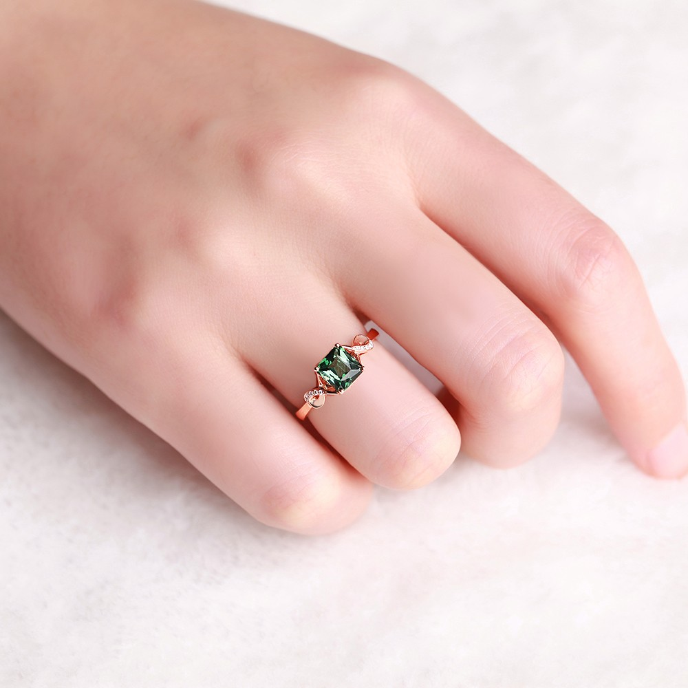 Unique 1.50 Carat Emerald and Diamond Infinity Engagement Ring in ...
