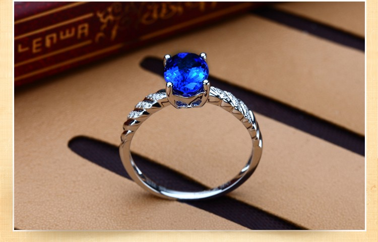 carat natural pin sapphire and beautiful blue trillion points in by one