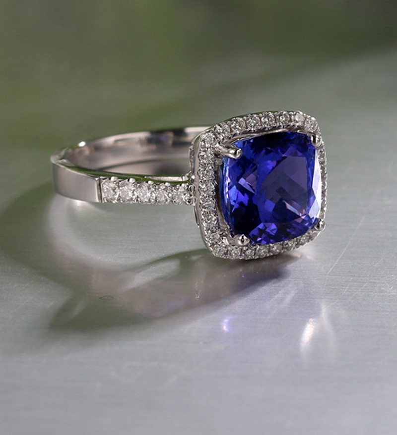 center in rockher engagement double cut sapphire white ct halo with ring diamond tw bs platinum cushion