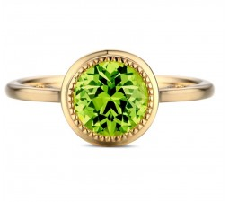 1 Carat bezel set Emerald solitaire Engagement Ring in Yellow Gold