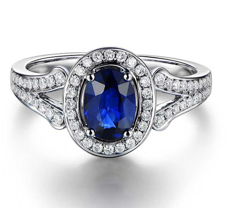 Vintage 2 Carat Blue Sapphire and Diamond Halo Engagement Ring for Women Je