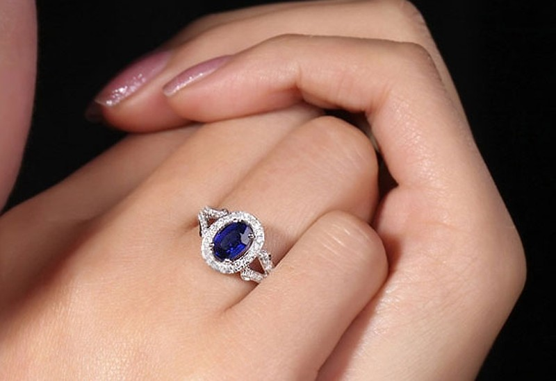 Vintage 2 Carat Blue Sapphire And Diamond Halo Engagement Ring For