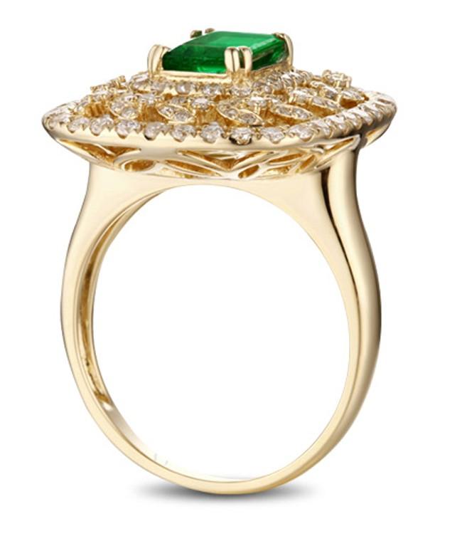designer 2 carat emerald and engagement ring in