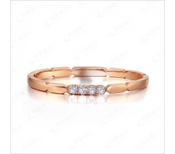 Exquisite Diamond Wedding Band on 18k Rose Gold