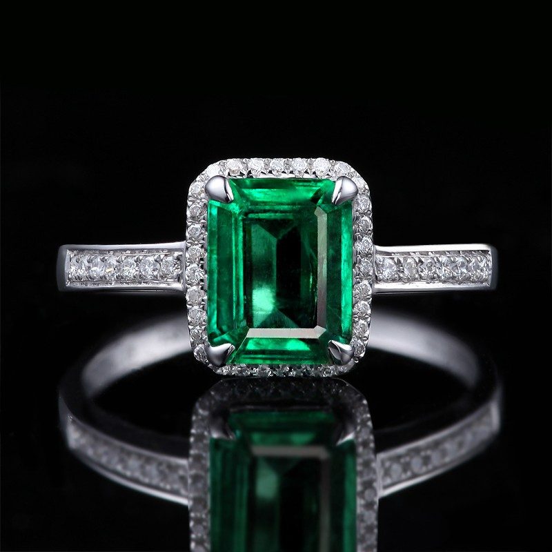 150 carat princess cut emerald and diamond halo for Emerald and diamond wedding ring